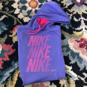 NIKE WOMANS HOODIE SIZE M GREAT CONDITION